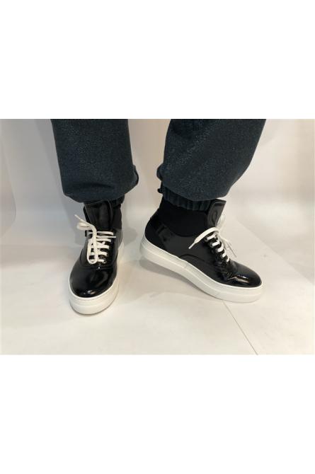 chaussures mot clé noir
