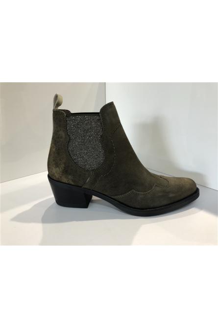 boots mkd kaki
