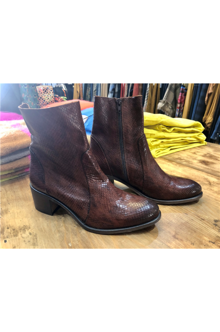 boots aliwell cognac